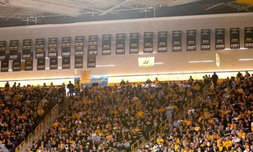 Fan makes case for renovation, better banner display in Carver-Hawkeye…