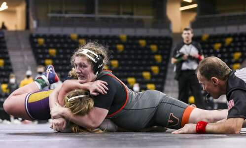 As Iowa girls' state wrestling grows, Millie Peach becomes event's…