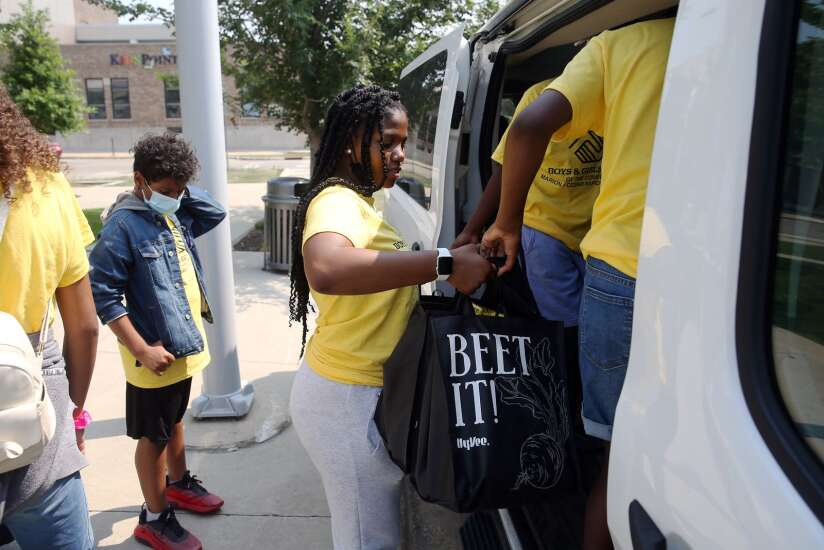 Young students at Boys & Girls Club set goal of giving back