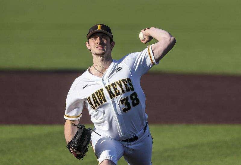 Iowa baseball tops Penn State in series opener
