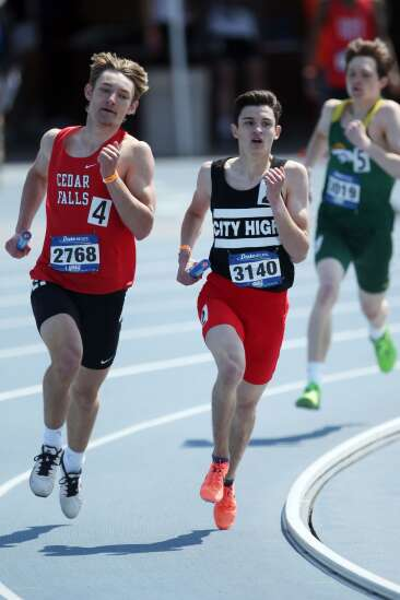 Iowa City High boys take over at No. 1 in Gazette area track Super 10
