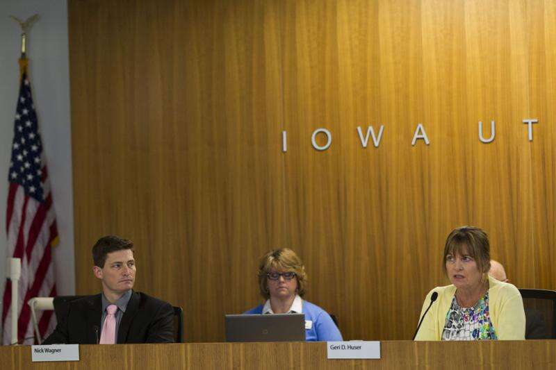 Iowa utilities regulator to seek exemptions from public records law