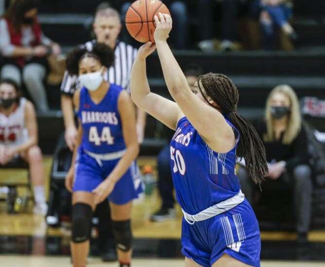 Cedar Rapids Washington earned home court, now plays for girls' state basketball bid