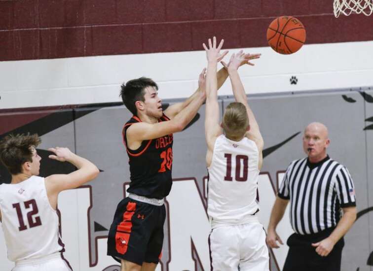 Iowa boys' basketball 1A, 2A district assignments: North Linn and Springville split up