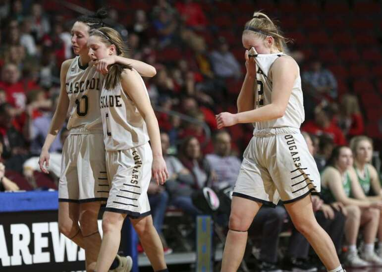 Osage upsets No. 1 Cascade in girls' state basketball semifinals