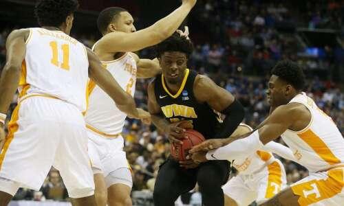 Iowa vs. Tennessee: NCAA Tournament final score, stats, highlights
