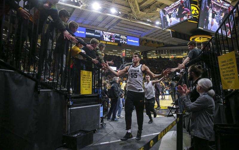 Luka Garza is Iowa's first Big Ten men's basketball Player of the Year