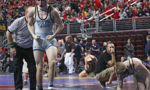South Tama wins 5 individual state wrestling medals