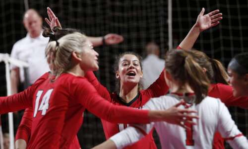 Cedar Falls marches back to 5A state volleyball championship match