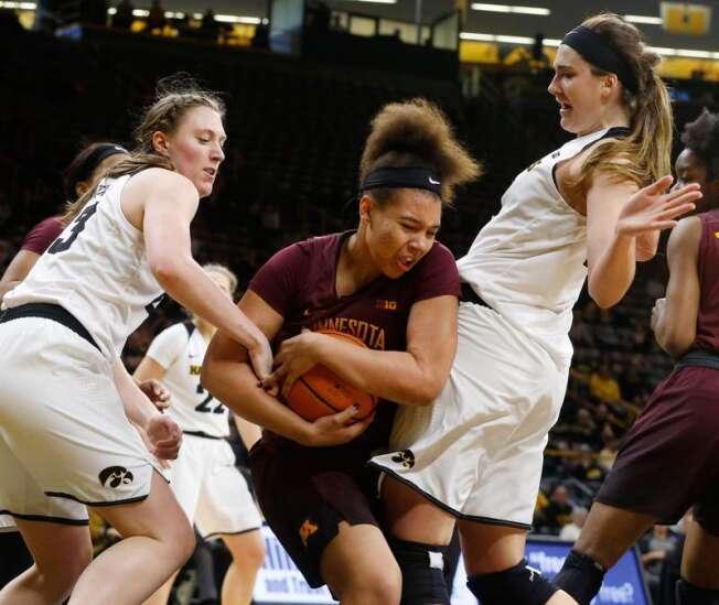 Surging Iowa women's basketball team faces less-than-full-strength Minnesota