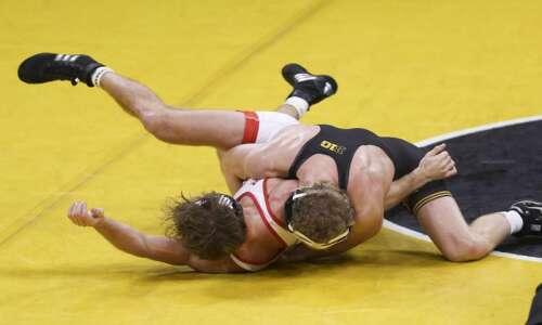 Iowa wrestling opens season in dominating fashion against Nebraska