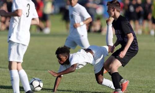 Iowa City West vs. Waukee: Class 3A boys' state soccer…