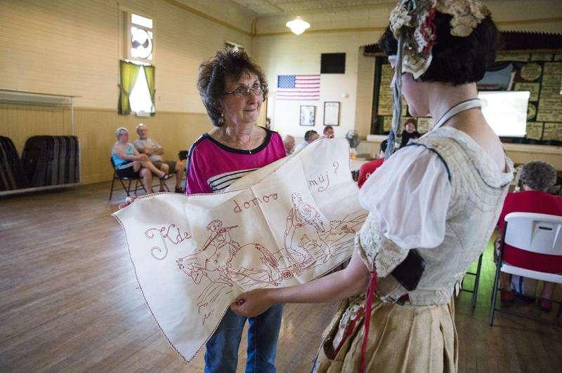 Connecting Czech culture across Iowa