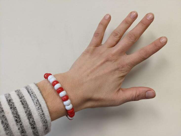Code your own name in binary and turn it into a bracelet