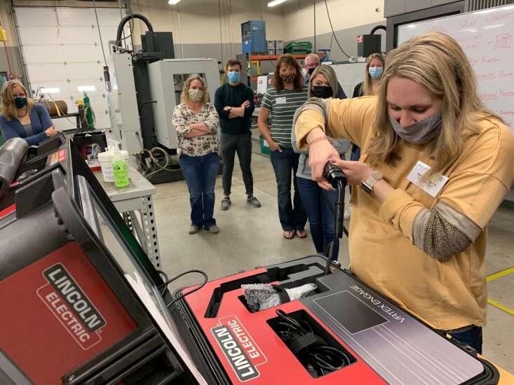 Leadership Washington tours educational facilities