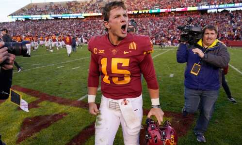 Cyclones get statement victory against No. 8 Oklahoma State