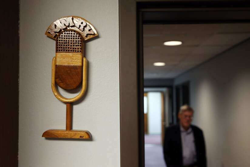KMRY radio's Rick Sellers retiring after 5 decades in the industry
