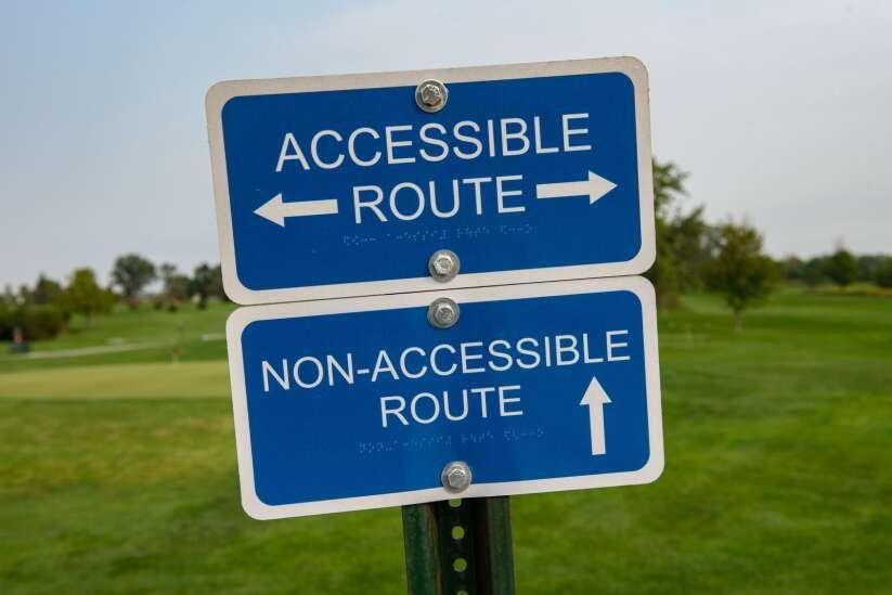 Cedar Rapids' Mini Pines golf course tees up successful first season
