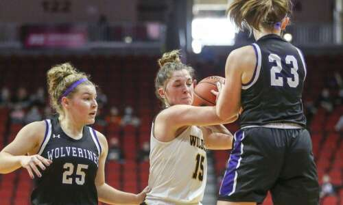 Iowa girls' state basketball 2021: Friday's scores, stats, game replays…