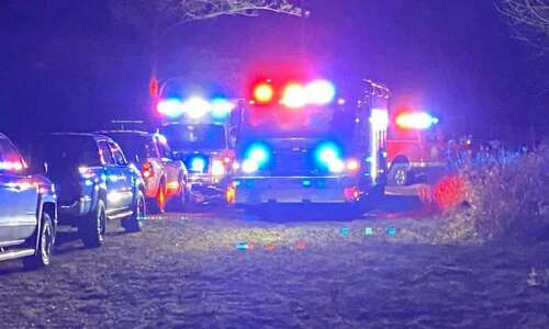 Man drowns in pond near Mohawk Park after 3 fall…