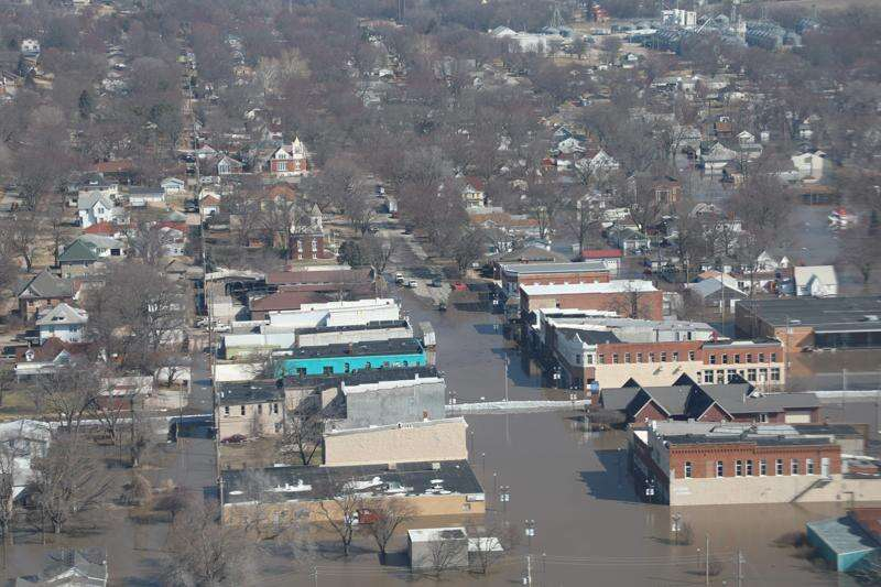 Reynolds to Trump: Send flood aid to Iowa
