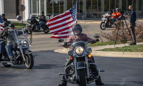Even without the roast, Joni Ernst's ride raises $20,000 for…