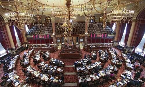 Iowa school funding bill on its way to governor