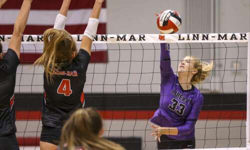 Addie Schmierer's serve ignites Liberty volleyball into some long scoring…