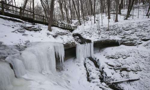 Iowa DNR offers winter hikes to start off the new…
