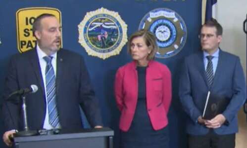 Gov. Kim Reynolds joining other GOP governors at U.S-Mexico border