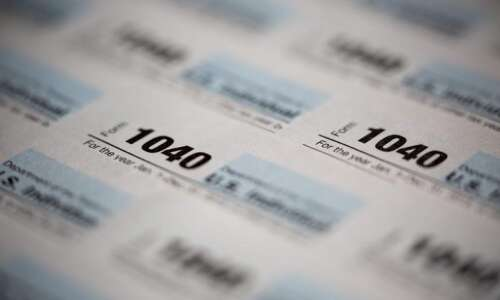 Iowa extends deadline for individual income taxes