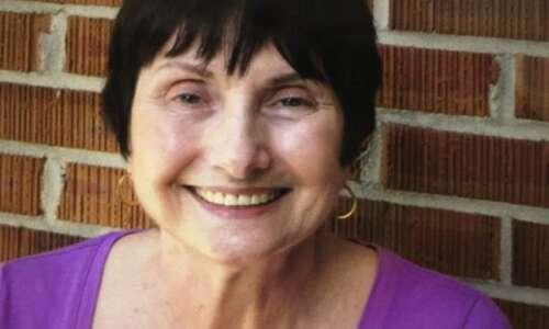 'Magic School Bus' author Joanna Cole dies in Sioux City
