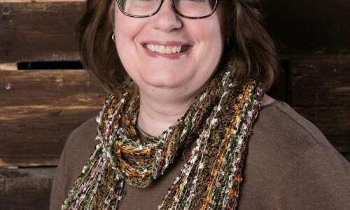 Cedar Rapids author's new picture book shines spotlight on 'Dinosaur…