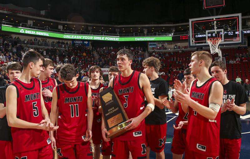 Iowa high school boys' basketball rankings: Cedar Falls, Ballard are No. 1 teams in final AP poll