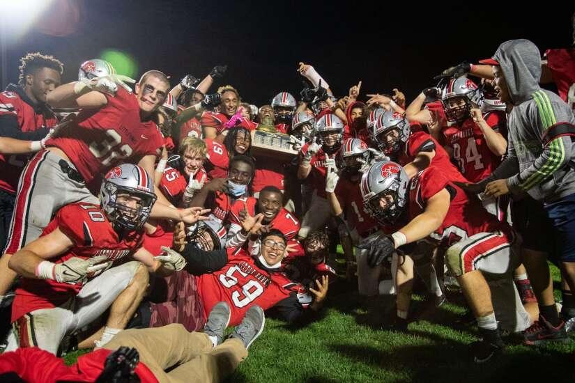 Iowa high school football rankings: Southeast Valley is last 2A unbeaten