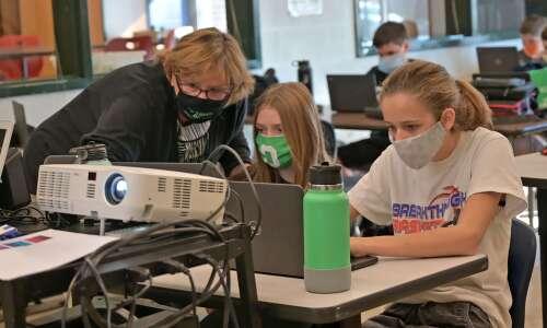 NewBoCo program trains Iowa educators in computer science