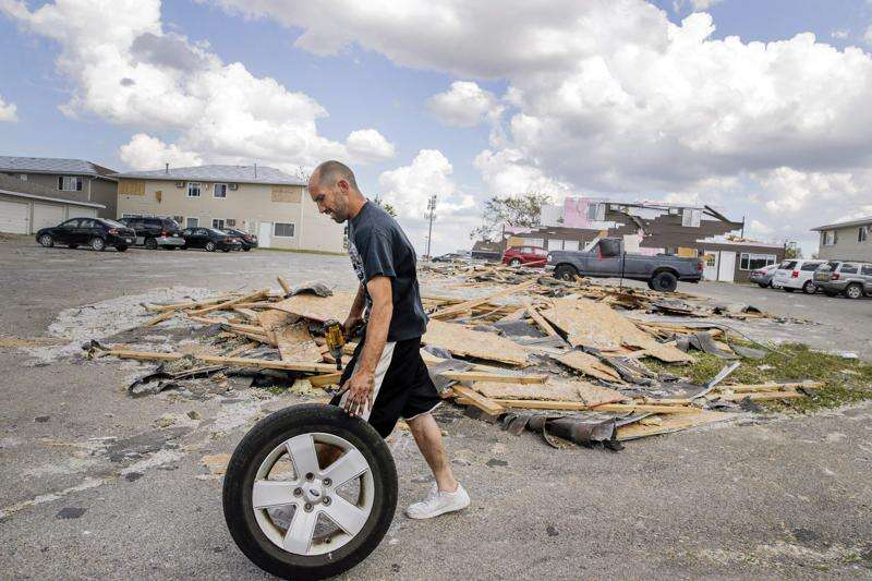 'I lost everything': Cedar Rapids tenants scramble to find shelter after Iowa derecho
