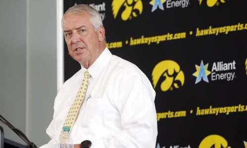 Iowa AD Gary Barta to serve as College Football Playoff…