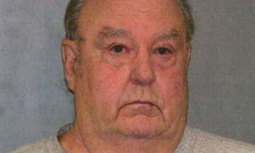 Washington County man convicted of killing wife dies while serving…
