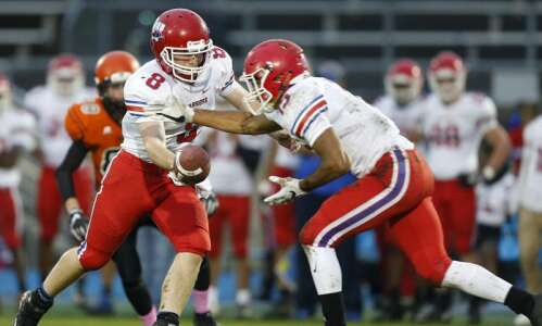 Week 8 prep football roundup: Cedar Rapids Washington cruises past…