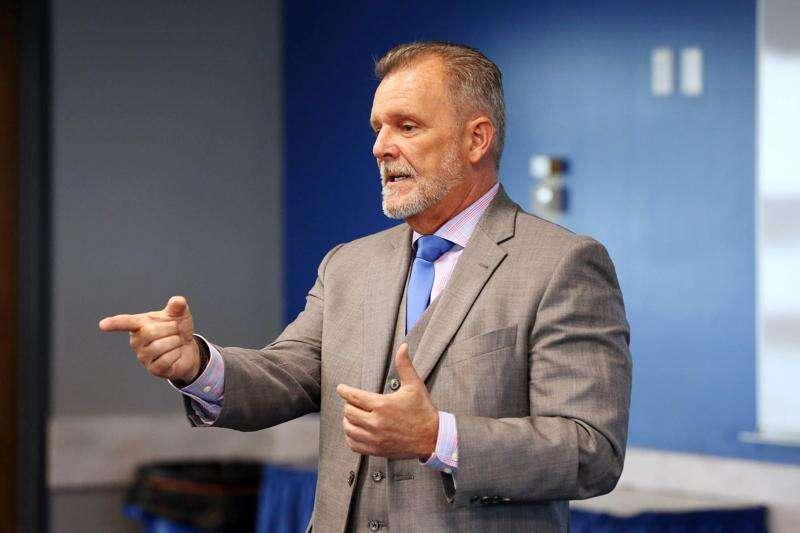 Iowa's Medicaid director Michael Randol to depart next month