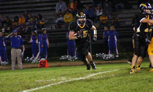 HIGH SCHOOL JOURNALISM: Another big night for Wildcats, Parmely