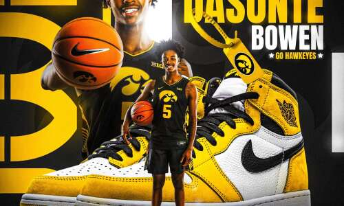 4-star point guard commits to Iowa for 2022