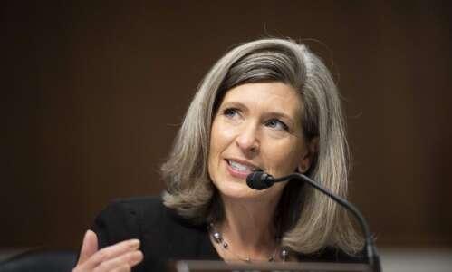 Sen. Joni Ernst tells EPA director to 'trash' small refinery…