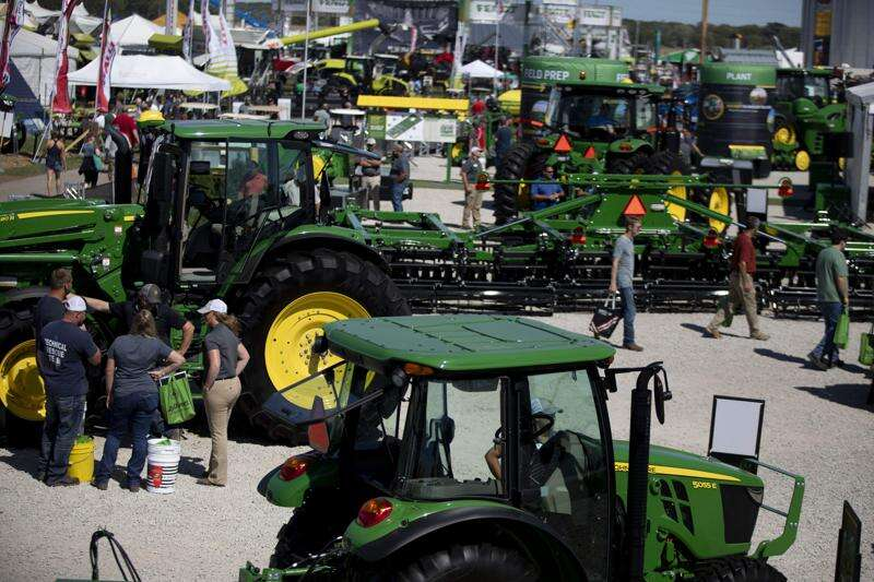 Deere and Co., UAW reach tentative deal