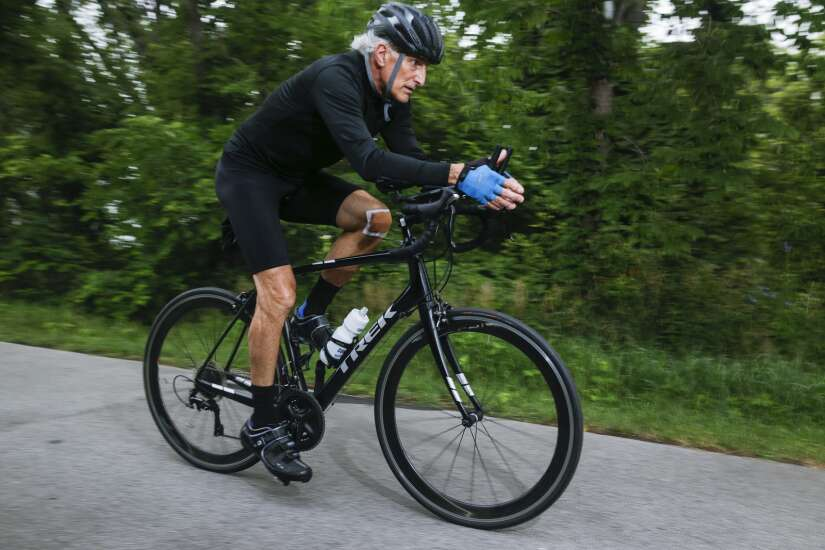 With over 10,000 days working out, Cedar Rapids man has never missed a beat