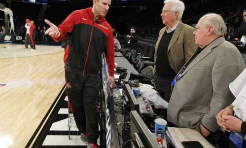 Cyclones and UConn: NBA-influenced in NBA mecca