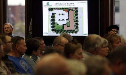 Cedar Rapids officials consider second chance for Crestwood Ridge housing…