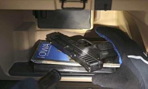 Federal prosecutors in Iowa tout 32 arrests for gun crimes…