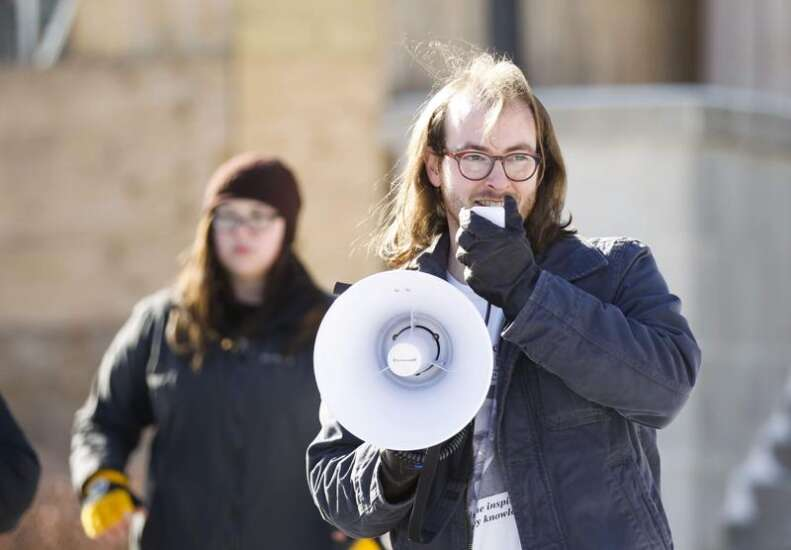 University of Iowa graduate student union reject new contract offer